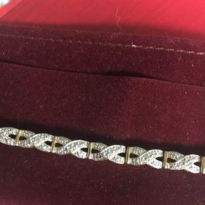 Jewelry - Lovely Tennis Bracelet